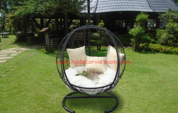 New rattan hanging chair