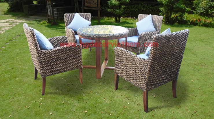 Vietnam water hyacinth furniture