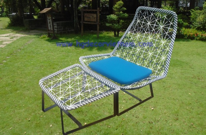 Wicker relax chair with sunbrella cushion