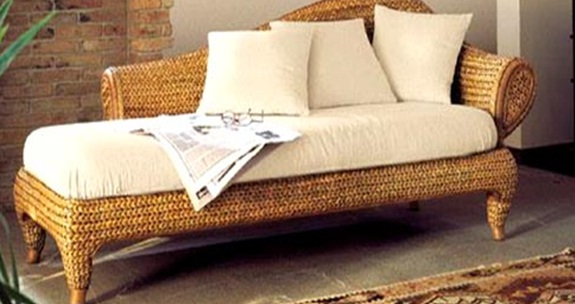 Water hyacinth daybed