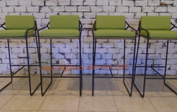 Poly rattan bar chair
